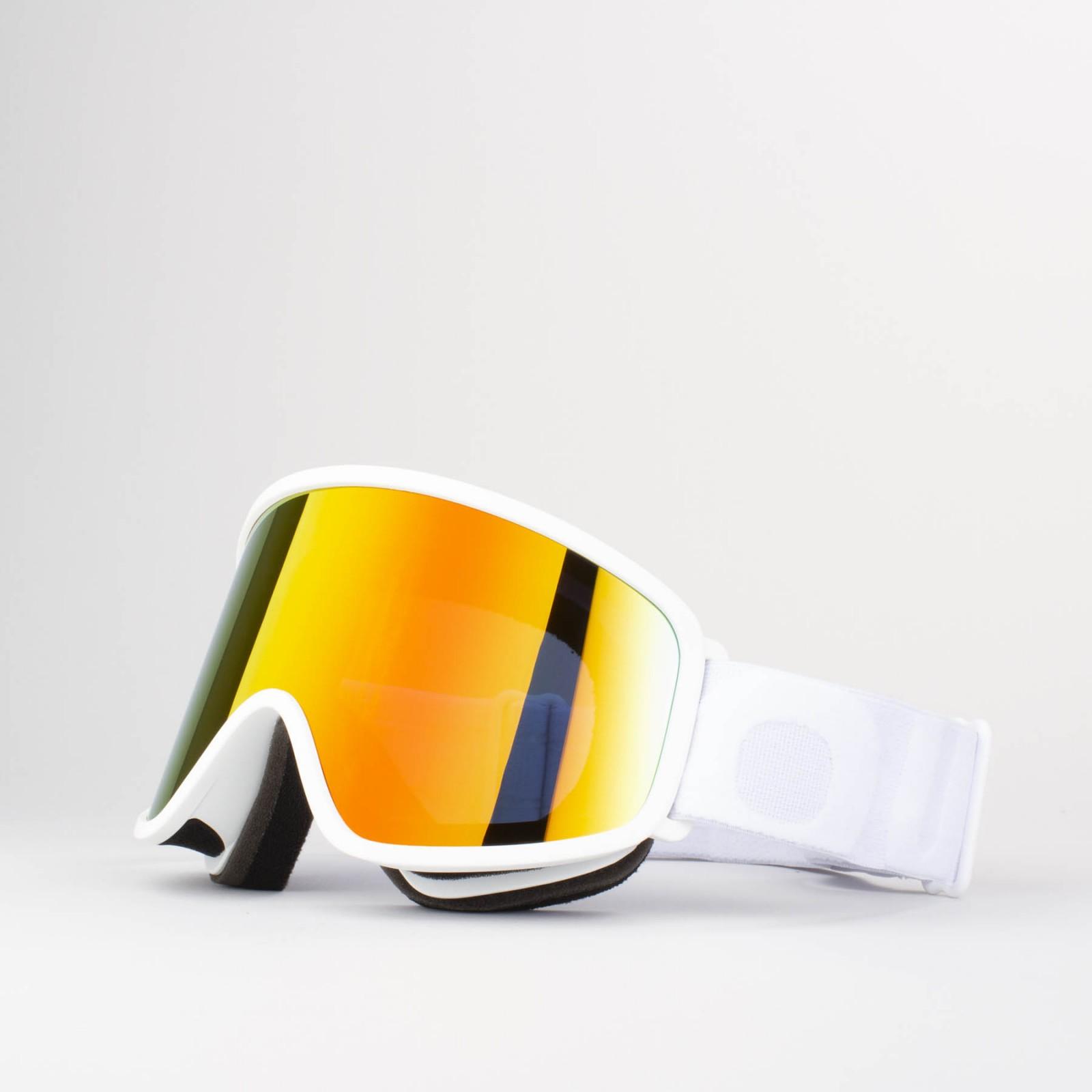 Flat White Red MCI goggle